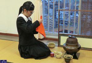 茶道部の新年初稽古